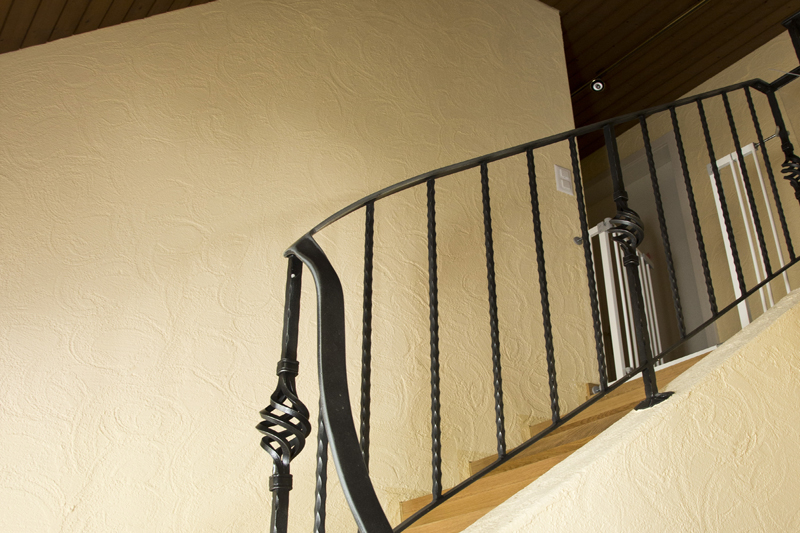 Treppenhaus im Landhausstil